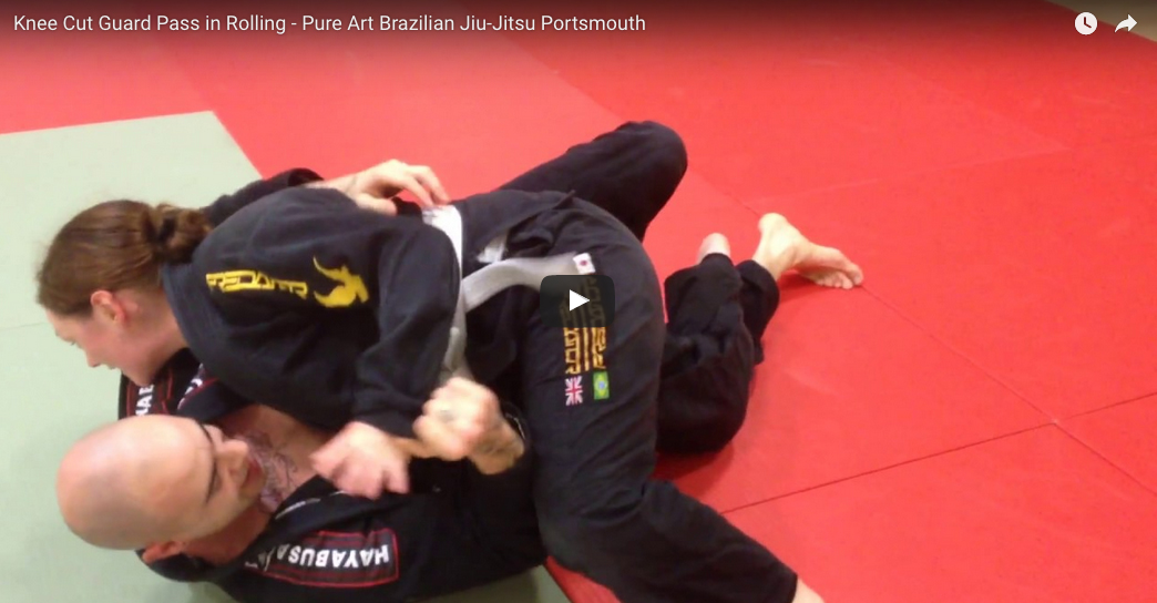 Knee Cut Guard Pass In Rolling