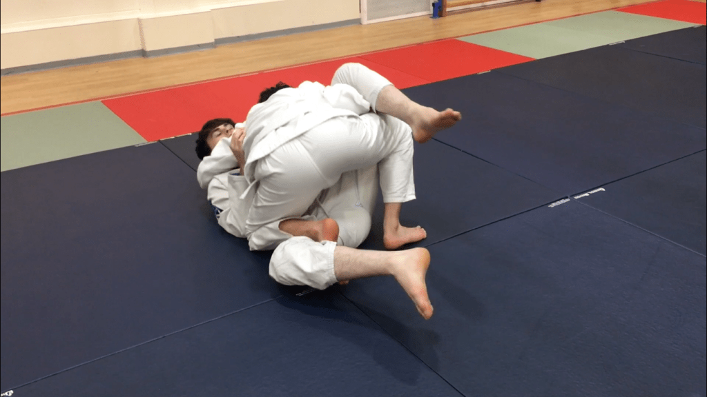 Closed-Guard-Passing-MMA-Portsmouth-6