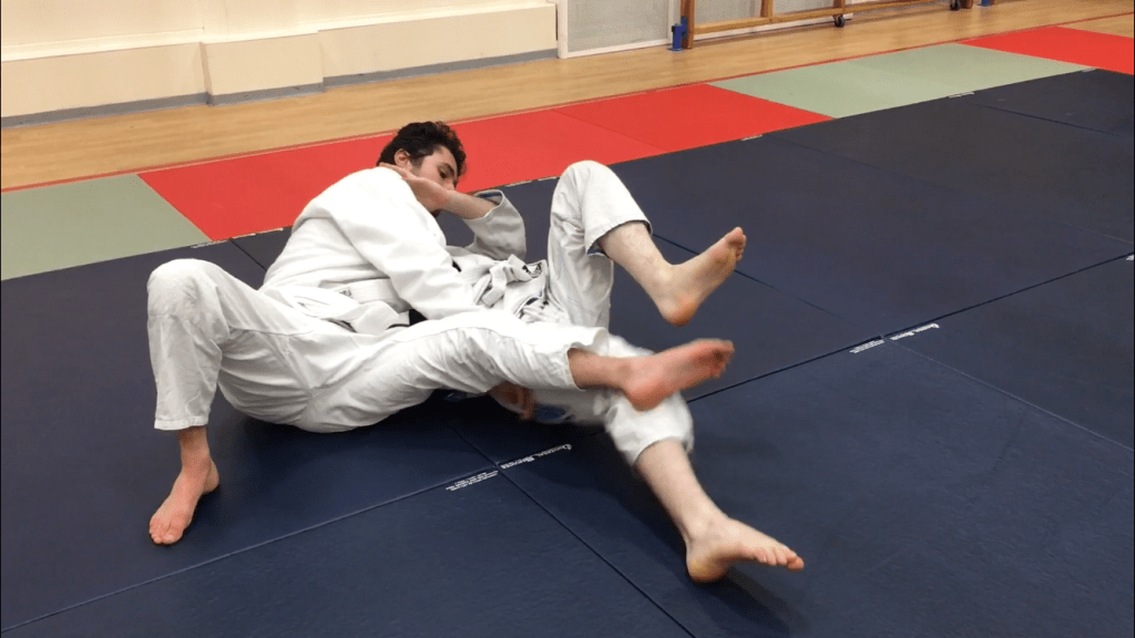 Submission Grappling Closed Guard Pass 7.5